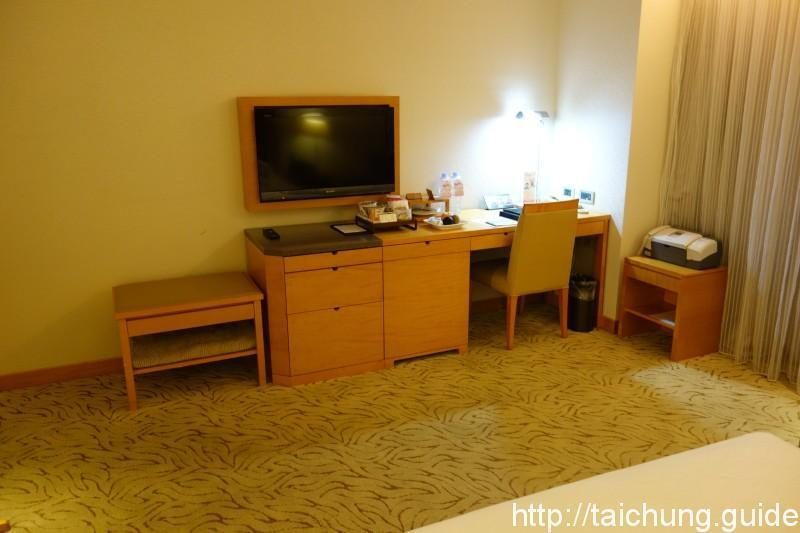 Desk in the Superior Room (the smallest one). Note the fax machine on the right.